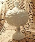 RARE Large 60s LE SMITH MOON  STARS White Milk Glass 10 Covered Compote