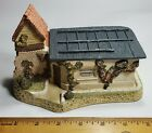 David Winter Cottages - Collectors Guild Piece No.6 - The Coal Shed Autumn 1989*