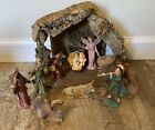 Vintage Fontanini Nativity Set With Creche And 11 Pieces
