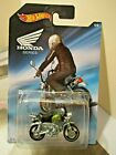 Hot Wheels 1:64 scale 2017 Honda Series Honda Monkey Z50