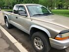 2002 Dodge Dakota  2002 for $1500 dollars