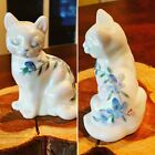 Vtg Fenton Glass White Opalescent Cat Figurine with Blue Flowers  Red Berries