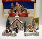 Lemax Dickensvale 16 pc LIGHTED Christmas Village Carolers Nativity COMPLETE