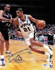 Tim Duncan Rookie Cards and Autograph Memorabilia Guide  59