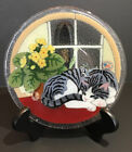 Signed Peggy Karr Fused Glass 7 3 4 Sleeping Cat Decorative Plate MINT RARE