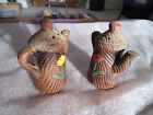 VINTAGE COLLECTABLE PAIR BROWN PITCHERS W FLOWERS CERAMIC SALT OR PEPPER SHAKERS