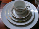 RICHARD GINORI CHINA ITALY SORRENTO 5pc place setting Flowers wht/gold/multi