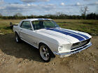 1968 Ford Mustang Coupe in White  Blue 289ci V8 Classic American Muscle Car