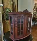 BEAUTIFUL VINTAGE CARVED WOOD GLASS FRENCH WALL CURIO DISPLAY VITRINE CABINET