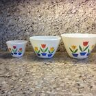 Three Fire king Nesting Bowls Tulips By Anchor Hocking In Good Condition.