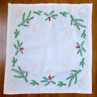 VINTAGE HAND EMBROIDERED GERMAN CHRISTMAS TABLECLOTH TOPPER