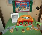 FISHER PRICE LITTLE PEOPLE 06 CHRISTMAS NATIVITY LIL DRUMMER BOY  COMPLETE