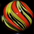 DAVIS HANDMADE GLASS MARBLE 1506 FLAMING BUMBLE BEE LOBED LARGE BOULDERLEMON+