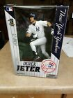 2014 McFarlane MLB Derek Jeter Commemorative Figure Two-Pack 4