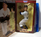 1997 KENNER STARTING LINEUP MICKEY MANTLE NEW YORK YANKEES POSABLE FIGURE MINT
