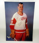 Gordie Howe Rookie Cards and Autographed Memorabilia Guide 35