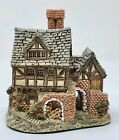 David Winter Cottages -The Bakehouse 1983 No box or COA Heart of England Series
