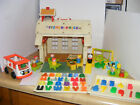 Vintage 1971 Fisher Price Little People Play Family School House 923 Complete