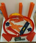HOT WHEELS 85 PIECE LOT TRACK LAUNCHER LOOP TURNS JUMP RAMPS CLAMP