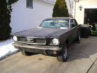 Ford : Mustang coupe 1966 below $600 dollars