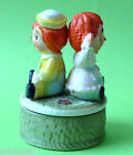 Vintage RAGGEDY ANN and ANDY TUNDRA Japan Ceramic Music Box Plays This Old Man