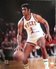 Oscar Robertson Cards and Autographed Memorabilia Guide 31