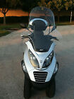 Other Makes: MP3 250  Piaggio 3 Wheel Scooter-MP3 250 - No need of feet on the ground when stopped