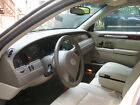 Lincoln: Town Car 4 door-Town below $700 dollars