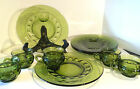 Kings Crown Green Glass 10 piece set - 5 plates + 5 Cups. Vintage Set, Beautiful