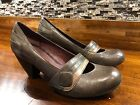 Indigo by Clarks Leather Pumps Size 8 M Heels Stripe Womens Shoes