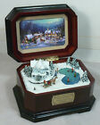 Thomas Kinkade Cherished Christmas Holiday Gathering Wind-Up Wood Music Box