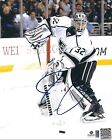 Jonathan Quick Rookie Cards and Autograph Memorabilia Guide 35