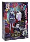 NWT MONTER HIGH TWYLA DOLL SET 13 WISHES INCLUDES MANY ACCESORIES!! NEW W/ Box
