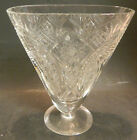Vintage Oval Starburst Pattern Glass Fan Vase 7