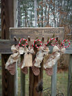 FoLk Art PrimiTive CounTry CHRISTMAS STOCKINGS OrNies Tree OrnamenTs DecoraTion