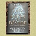 THE FATES DIVIDE    By Veronica Roth Brand new signed first edition