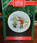 Hallmark Ornament Collector's Plate Series #5 1991 Let it Snow