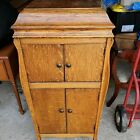 Antique 1900s Victor Victrola phonograph cabinet record player w records