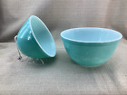 Pyrex Vintage 2 Pc Nesting Mixing Bowls Robins Egg Blue Turquoise 401  402