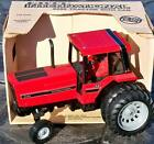 Ertl INTERNATIONAL Case IH 5288 Dual Wheel Rear Farm Tractor 1:16 #487