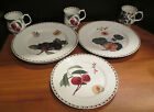 Queens Kitchen Hookers Fruit Fine Bone China 7 Pieces 3 Dinner Plates Mugs Lunch