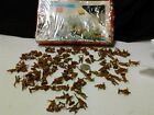 100 Plastic soldiers WW2 British Commandos 172 ,unpainted