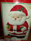 COOKIE JAR SANTA CLAUS HOLDING PRESENT & A CANDY CANE 10