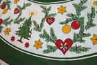 CHRISTMAS TREES HEARTS  ORNAMENTS VTG GERMAN LARGE PRINT ROUND GREEN TABLECLOTH