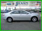 Toyota: Camry LE 2008 le used below $300 dollars