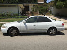 Honda: Accord 1999 White Honda for $2000 dollars