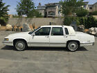 1991 Cadillac DeVille SEDAN DEVILLE below $2000 dollars
