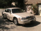 2003 Lincoln Town Car Cartier for $3900 dollars