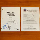 THE UMBRELLA ACADEMY SIGNED PILOT SCRIPT BY 3 CAST - BECKETT COA AIDAN GALLAGHER