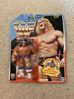 WWF Hasbro Ultimate Warrior 1992 Blue Card French Series 3 MOC Vintage WWE